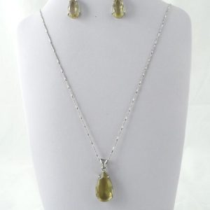 Green Quartz (Quartz Verde) Pendant and Earrings Set All Crystal Jewelry earrings